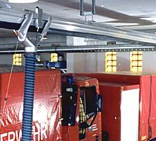 Feuerwehr Saugschlitzanlage für zwei Fahrzeuge